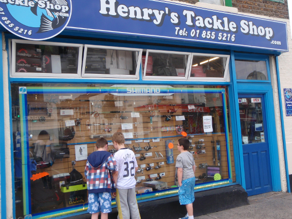 Henrys Tackle Shop front