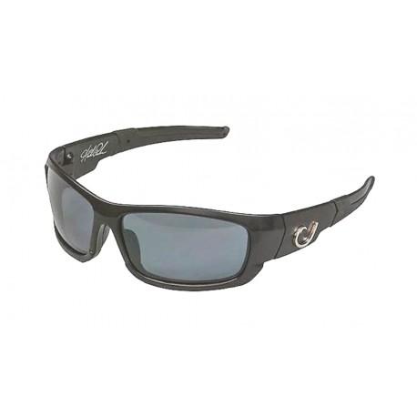d8c516c64f Mustad Hank Parker Polarized Sunglasses Black Frame Smoke Lens
